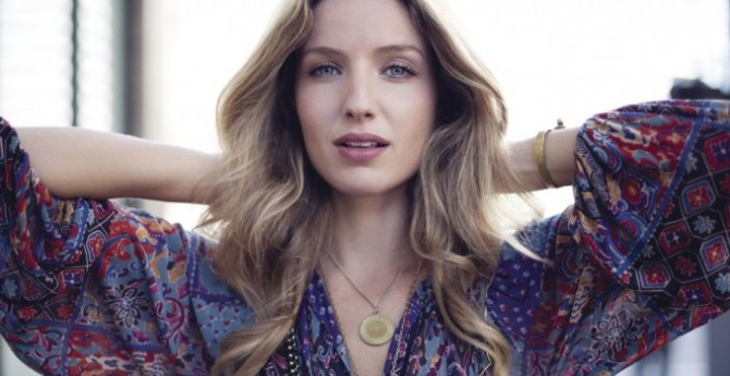 Annabelle Wallis Joins Guy Ritchie's Knights Of The Roundtable: King Arthur