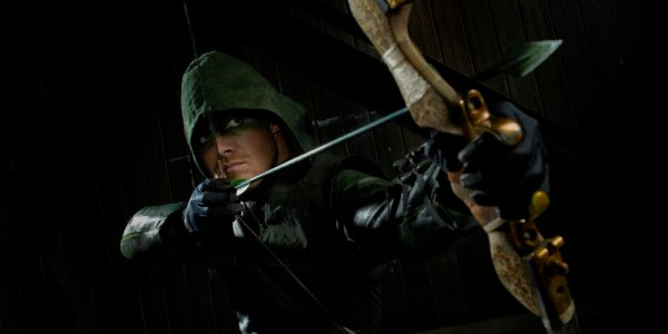 Arrow Delivers New Stripped-Down Season 2 Promo Posters
