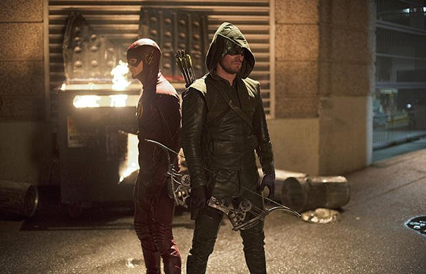 Stephen Amell Discusses This Fall's Crossover Involving Arrow And The Flash