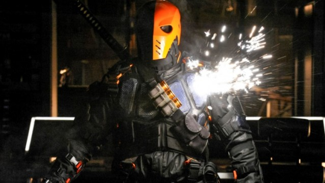 Stephen Amell Weighs In On The Chances Of Deathstroke Returning To Arrow