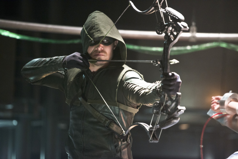"Arrow Review: ""The Man Under The Hood"" (Season 2, Episode 19) Benedict Cumberbatch"