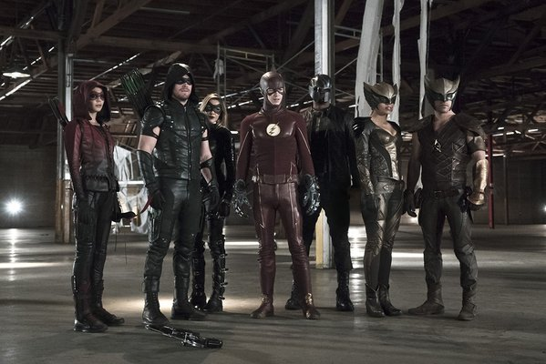Arrow/The Flash Crossover Team Revealed In New Image