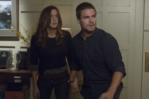 Arrow Review: Honor Thy Father (Season 1, Episode 2)