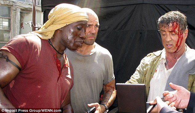 article 2400094 1B692D81000005DC 901 634x370 The Expendables 3 Set Photos Show Bloodied Sylvester Stallone And Jason Statham