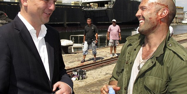 article 2400094 1B692D99000005DC 148 634x518 634x321 The Expendables 3 Set Photos Show Bloodied Sylvester Stallone And Jason Statham