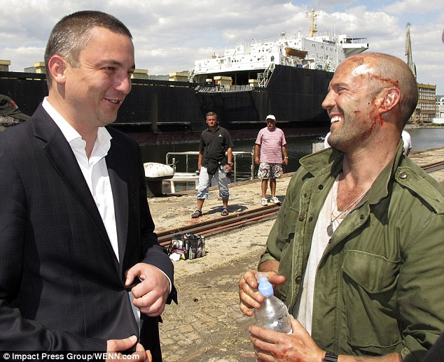 The Expendables 3 Set Photos Show Bloodied Sylvester Stallone And Jason Statham