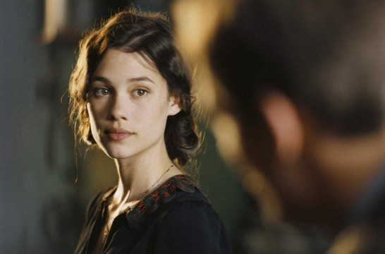 Astrid Berges-Frisbey Cast As Guinevere In Knights Of The Roundtable: King Arthur