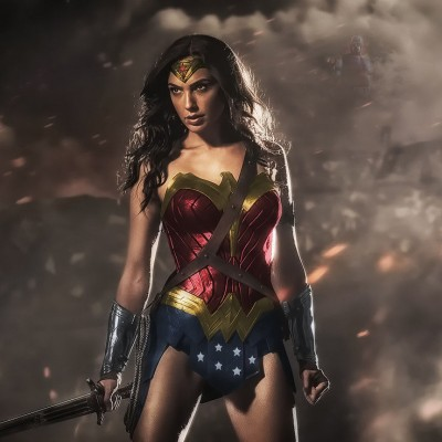 '10 Perfect Director/Comic Book Movie Pairings' from the web at 'http://cdn.wegotthiscovered.com/wp-content/uploads/batman-vs-superman-dawn-of-justice-will-gal-gadot-s-wonder-woman-be-more-than-a-love-int-444466-400x400.jpg'