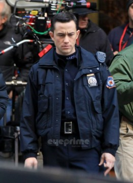 First Photos Of Joseph Gordon-Levitt In The Dark Knight Rises