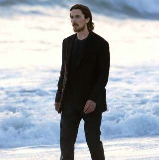 bently malick bale lawless knight of cups17 319x321 The Hunger Games Star Wes Bentley Films Scenes For Terrence Malick