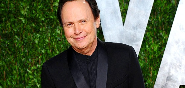 Billy Crystal's The Comedians Pilot Picked Up By FX, Will Become A Series