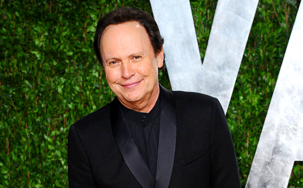billy crystal 612x380 Billy Crystals The Comedians Pilot Picked Up By FX, Will Become A Series