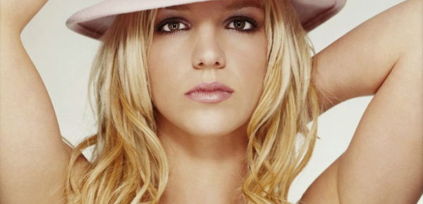 Britney Spears Signs With The X Factor