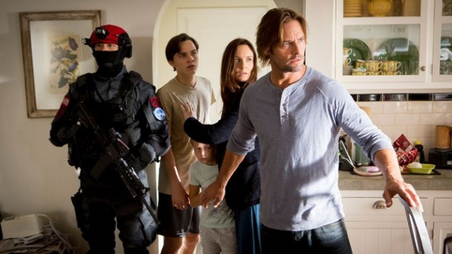 Colony Season 1 Review