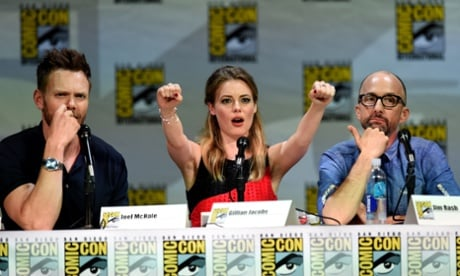 "Community Comic-Con Panel Promises New Episodes ""After Christmas"""
