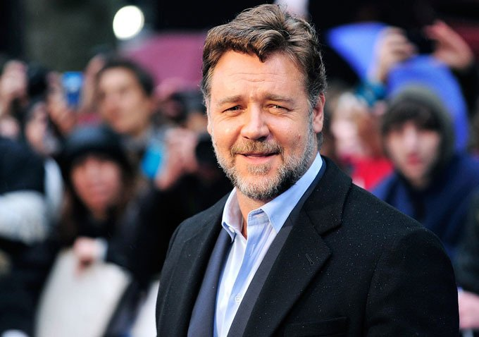 Russell Crowe To Make Directorial Debut With The Water Diviners