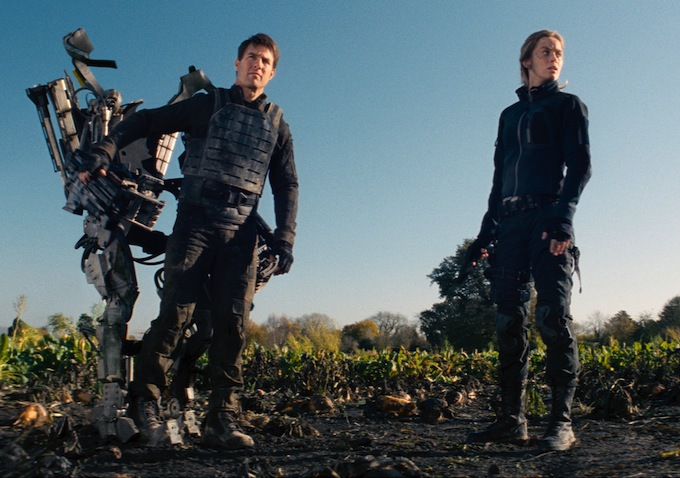 Tom Cruise And Emily Blunt Battle Off In Extended Edge Of Tomorrow Trailer