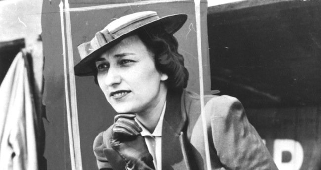 Penny Marshall Back To Directing With Effa Manley Baseball Biopic