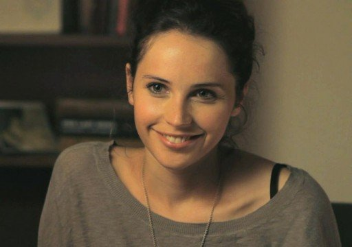 felicity-jones-talks-howard-hughes-hysteria-and-more