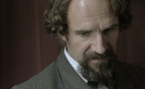 fiennes 620x380 587x360 First Look At Ralph Fiennes & Felicity Jones In The Invisible Woman