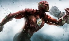 "Could Ezra Miller's ""Post-Apocalyptic"" Costume Be Tech-Based In The Flash?"