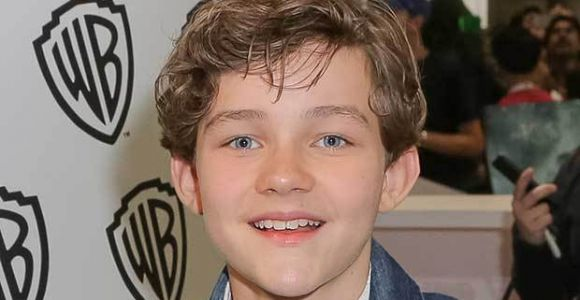 Pan's Levi Miller Joins Supergirl As Carter Grant
