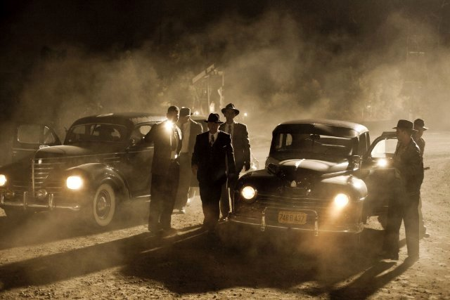 frank darabont s tnt mob city sees many deaths Frank Darabonts Stylish TNT Series Mob City Gets Two TV Spots And A Poster