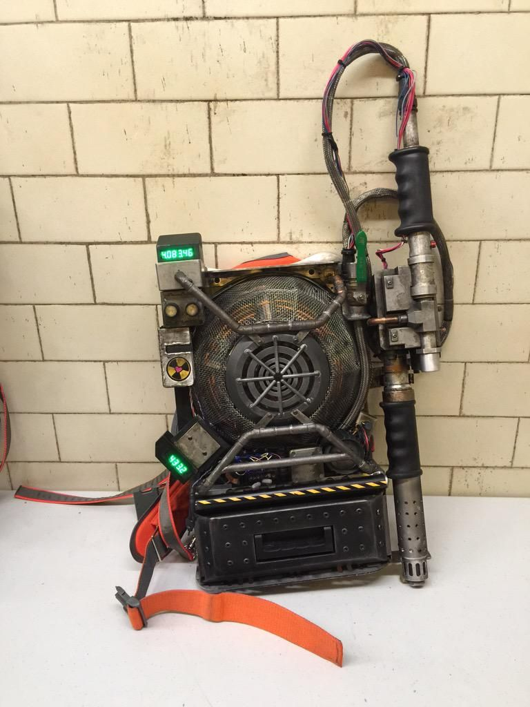 Ghostbusters Costumes And Proton Packs Revealed