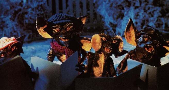 http://cdn.wegotthiscovered.com/wp-content/uploads/gremlins-christmas.jpeg