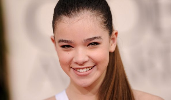 Hailee Steinfeld Joins Pitch Perfect 2