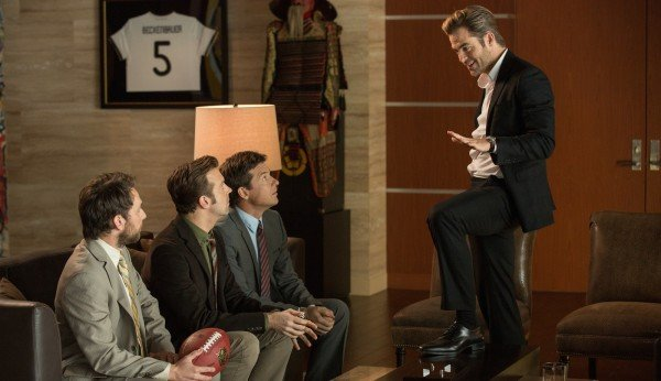 Chris Pine Fight Clubs Himself In New Horrible Bosses 2 Trailer