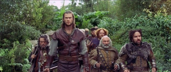 hr_Snow_White_and_the_Huntsman_15-570x241