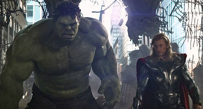 "Mark Ruffalo Likens Thor: Ragnarok To A ""Universal Road Movie"""