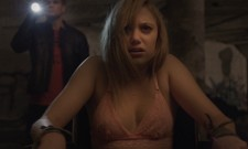 New UK Trailer For It Follows Is Creepy As Hell