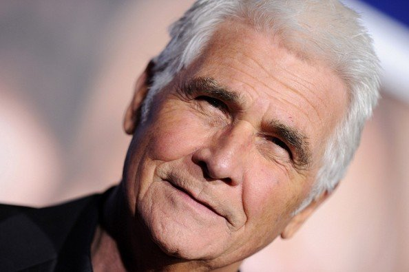 James Brolin Will Play Tina Fey And Amy Poehler's Dad In The Nest