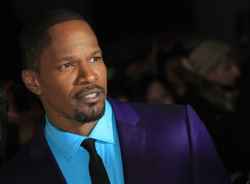 Jamie Foxx Will Blink For 300: Rise Of An Empire Helmer