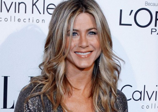 Jennifer Aniston Joins The Comedian, As The 'Old Man-Young Woman' Tradition Continues