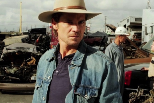 "Justified Season Premiere Review: ""Hole In The Wall"" (Season 4, Episode 1)"