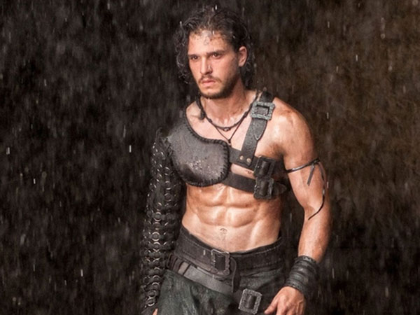 kit harrington shirtless pompeii 600x450 Kit Harington Battles Mount Vesuvius In Final Trailer For Paul W.S. Andersons Pompeii