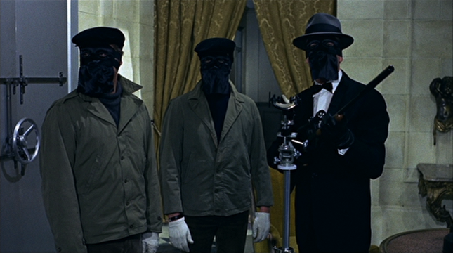 le cercle rouge screenshot 645x360 9 Movies That Celebrate The Art Of The Heist In All Its Forms