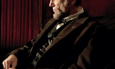 New Official Photo Of Daniel Day-Lewis As Lincoln