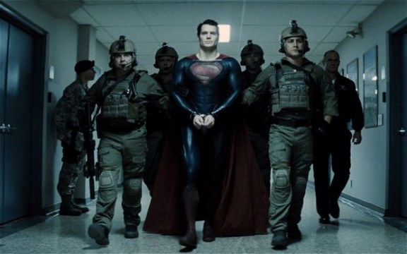 manofsteel 2586480b 576x360 The Top 10 Movie Trailers Of 2013