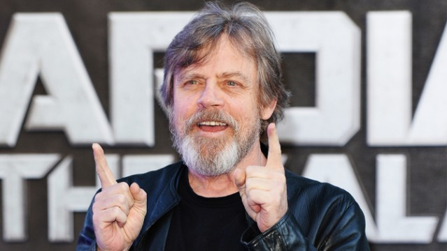 "Mark Hamill Says Superhero Movies Need ""Better Stories"""