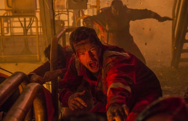 Doomed Oil Rig Deepwater Horizon Plunges Into The Ocean In New Poster For Peter Berg Thriller
