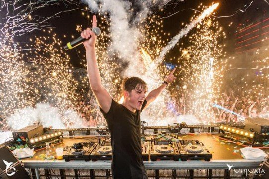 Martin Garrix Signs With Sony Music