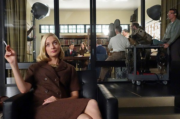 masters-of-sex-one-for-the-money-caitlin-fitzgerald-600x399