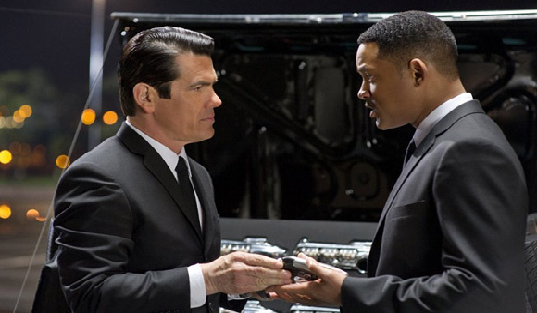 mib3 1 Men In Black 3 Review