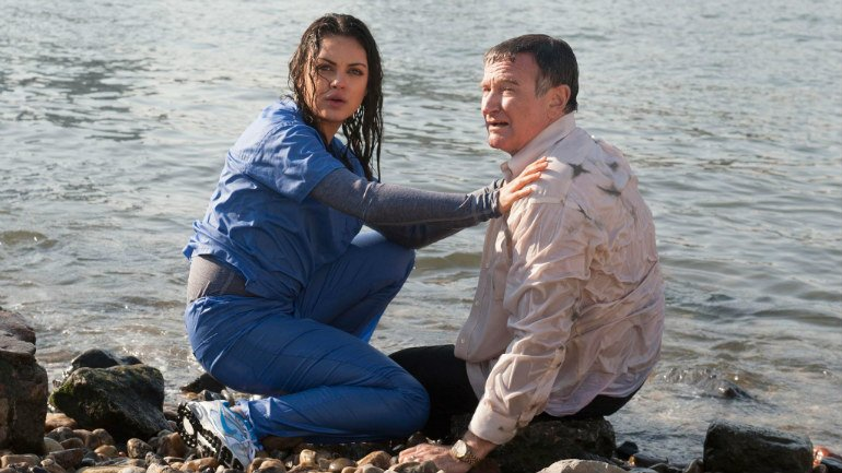 mila-kunis-robin-williams-the-angriest-man-in-brooklyn
