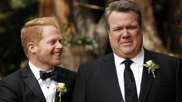 "modern family the wedding part 1 jesse tyler ferguson eric stonestreet 639x360 Modern Family Season Finale Review: ""The Wedding (Part 1)"" (Season 5, Episode 23)"
