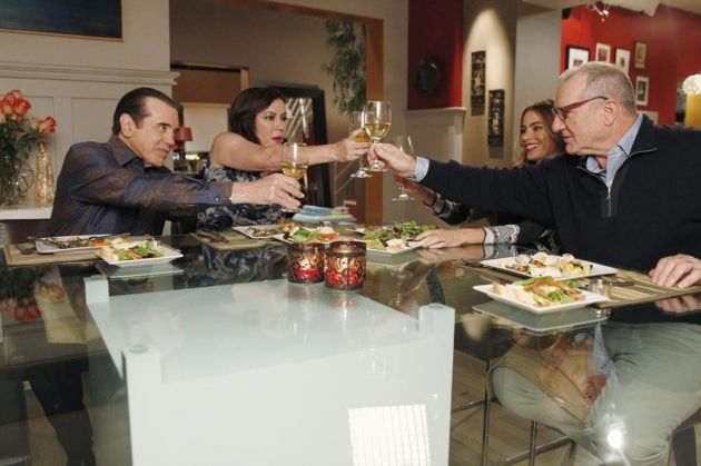 """Modern Family Review: """"Three Dinners"""" (Season 5, Episode 13)"""